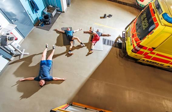 Olli Tarhonen, Reiska Taipale ja Antti Juselius harjoittelevat joka vuoron alussa noin 20 minuuttia. Ensin treenataan kuntosalilla, minkä jälkeen venytellään.