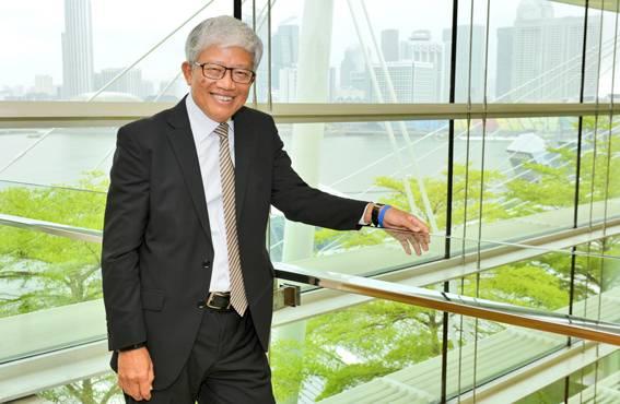 Singaporen Työterveys- ja turvallisuusneuvoston puheenjohtaja Heng Ching Gnee korostaa, että hyvät ja turvalliset työolot ovat välttämättömiä myös tuottavuuden ja tuloksenteon kannalta.