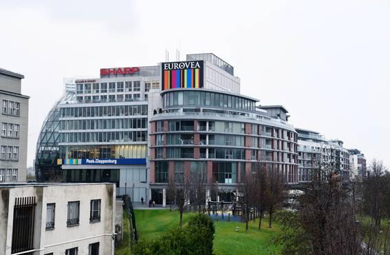 Bratislavan pienteollisuusalueet eivät häikäise arkkitehtuurillaan.