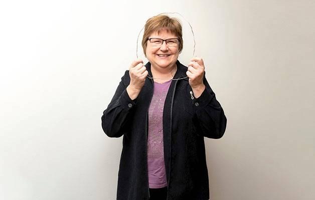 15-vuotias voi tehdä työsopimuksen itse, mutta siinä tapauksessa myös huoltajien on hyvä olla perillä työehdoista, Lounais-Suomen aluehallintoviraston määräaikainen ylitarkastaja Ulla Riikonen muistuttaa.