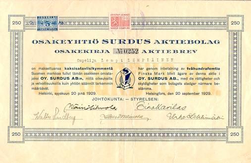 Kun Surdus perustettiin, toimintaan tarvittavat varat kerättiin osakeannilla. Kuvassa on ompelija Lempi Lempiäisen merkitsemä Surduksen osakekirja perustamisvuodelta 1929.
