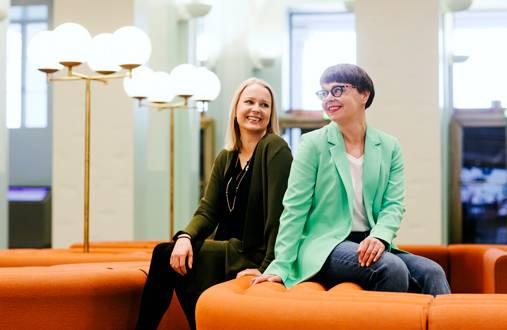 Aino Lääkkölä-Pyykönen ja Susanna Puustinen