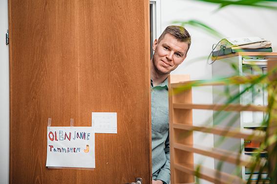 Toimitusjohtajan tuolille istuttuaan Tamminen uudisti Sidosteen some-kanavat ja perusti verkkokaupan. Nuoret sukupolvet eivät tunteneet Sidosteen brändiä, joten heidät otettiin markkinoinnin tärkeimmäksi kohderyhmäksi.