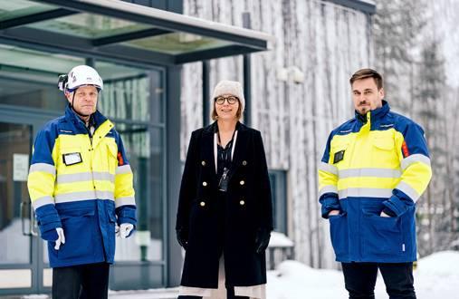Lahti Energialla perhe ja vapaa-aika ovat tulleet arkisiksi puheenaiheiksi, kertovat Esa Tepponen, Marjut Kurvinen ja Janne Nummela.